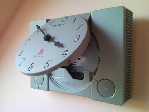Reloj-PlayStation-4