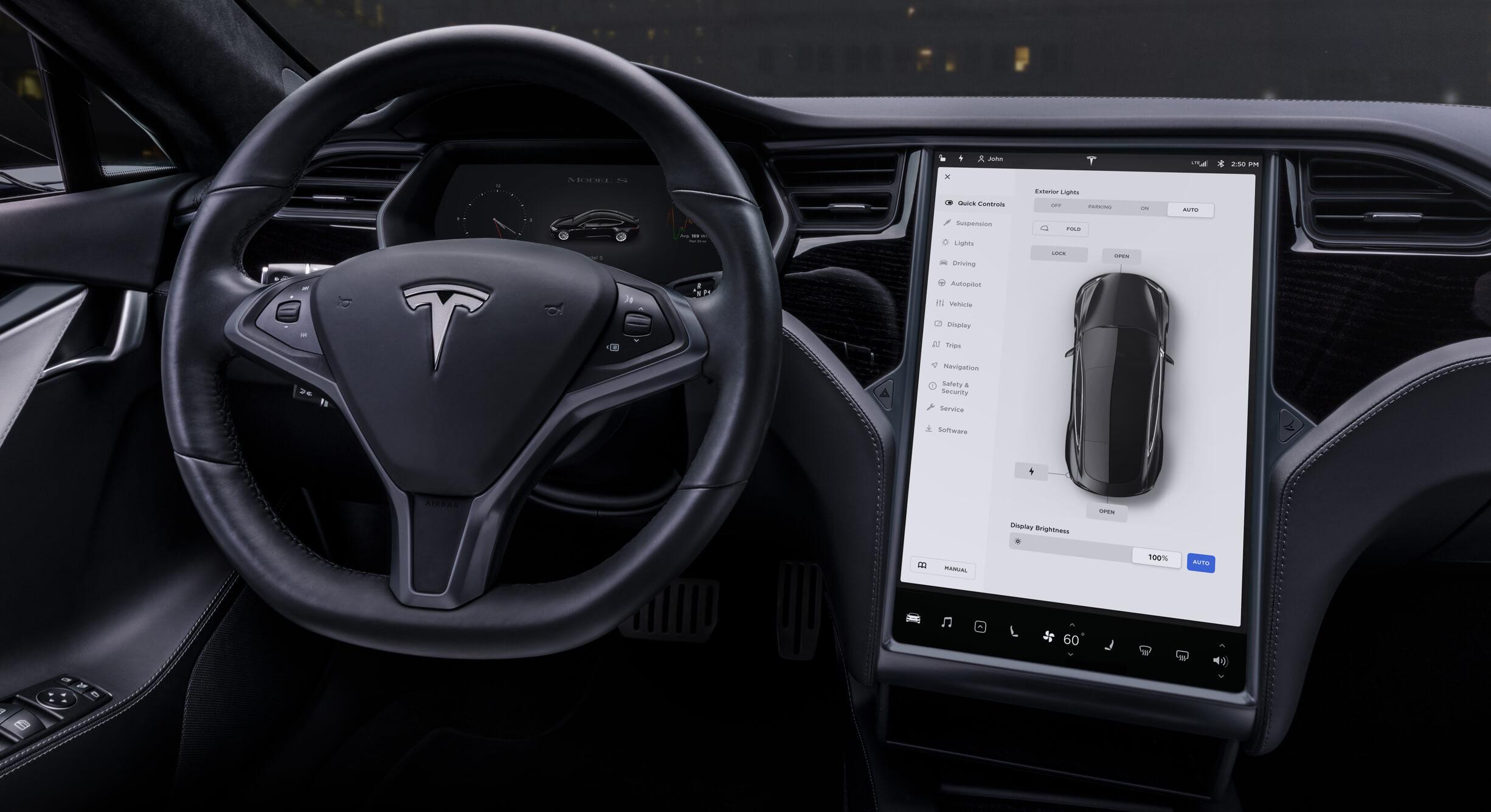 Tesla lanza una actualización de software para que las cámaras de sus coches controlen el límite de velocidad