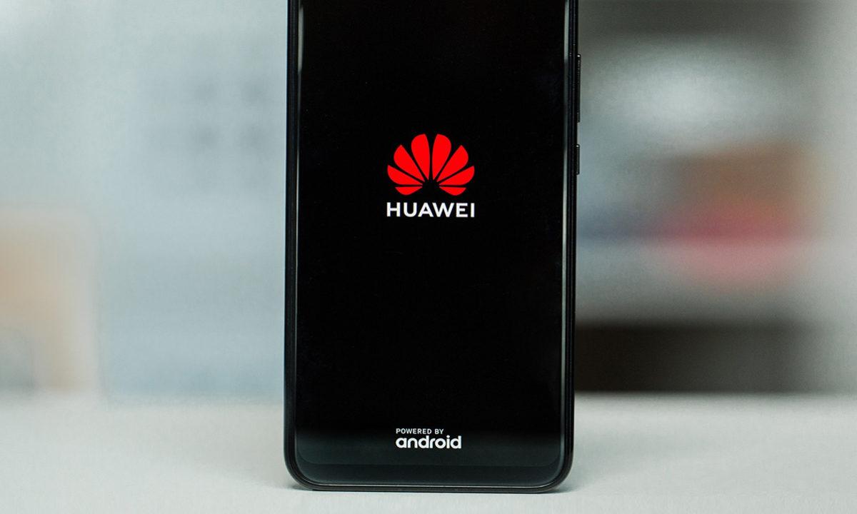 Huawei almacenó chip para mantener la supervivencia de sus dispositivos