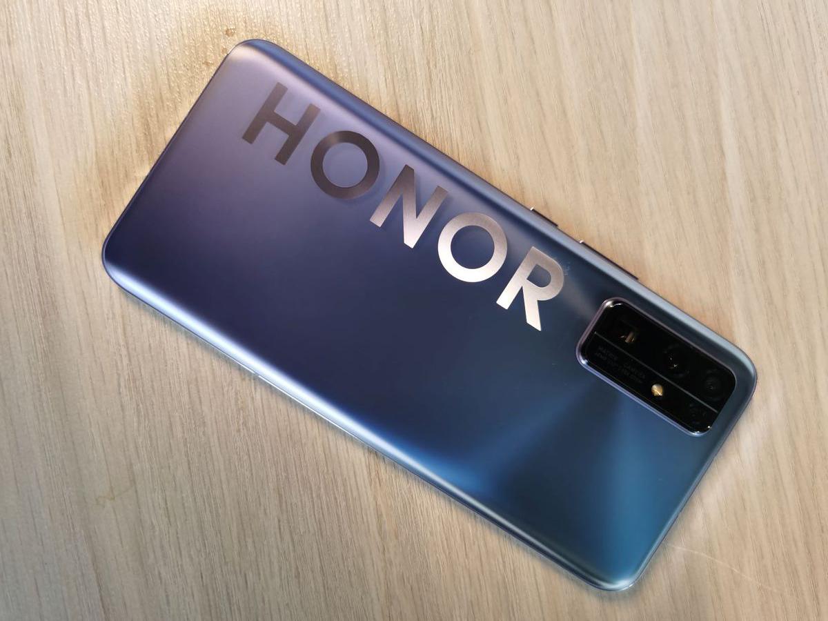 Honor lanzar a móviles con servicio de Google para este año
