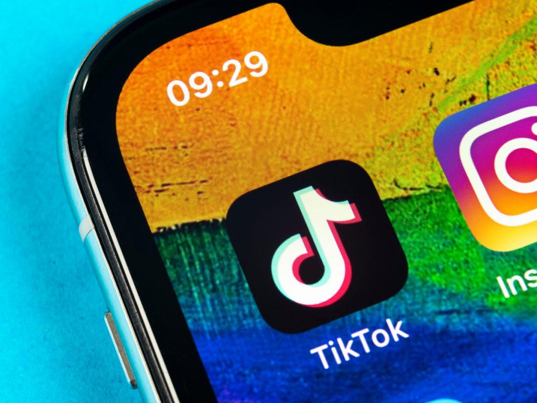 Italia pretende prohibir TikTok tras la muerte de una niña de 10 años
