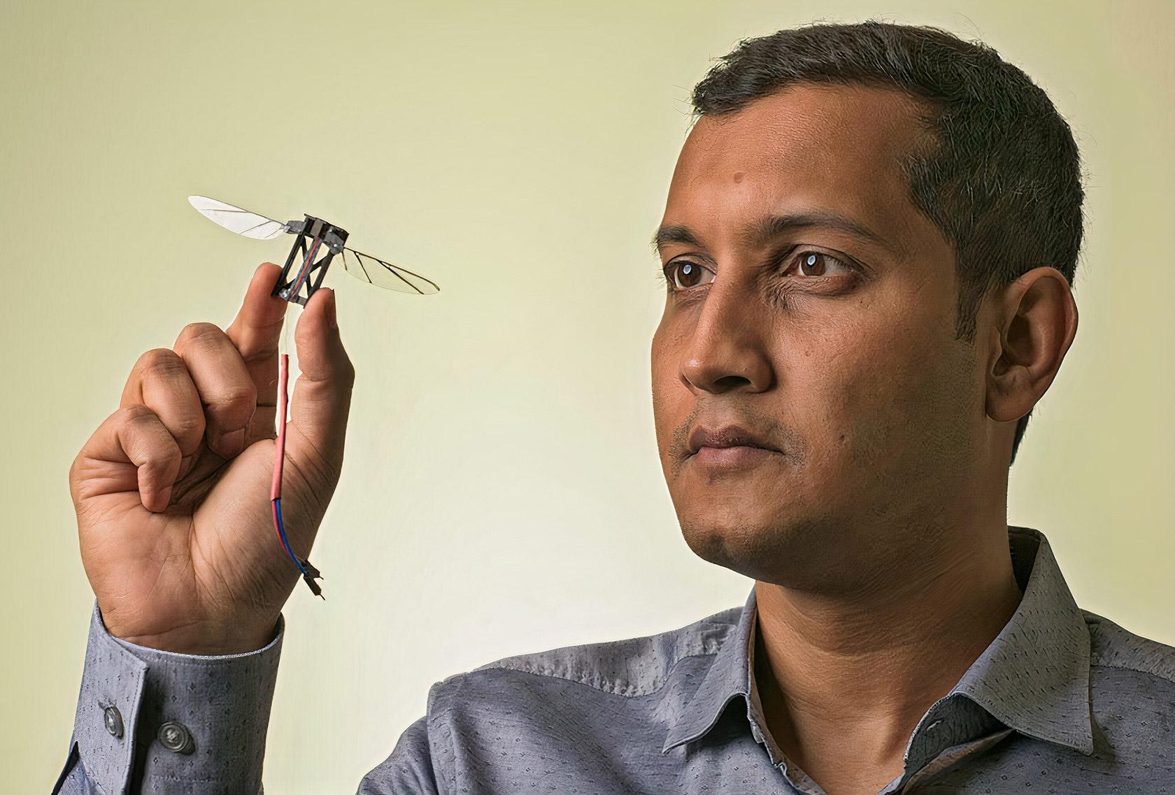 Desarrollan robots autónomos del tamaño de un insecto para micro drones