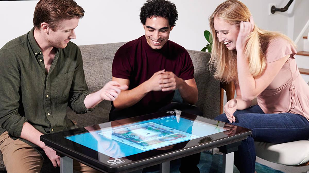 Infinity Game Table de Arcade1Up una increíble computadora táctil con juegos de mesa