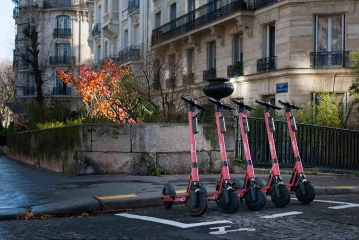 Estos patinetes eléctricos de Voi utilizaran inteligencia artificial para detectar peatones