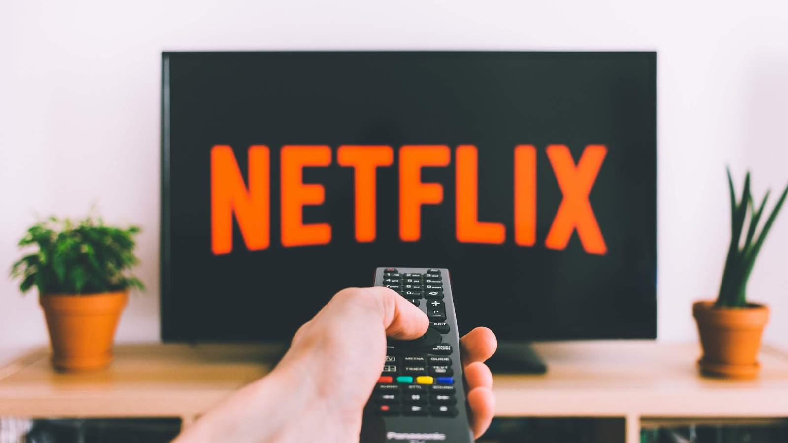¡Increíble! Netflix habilita la función de reproducción aleatoria de series y películas